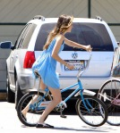 306567d1282799790-isabel-lucas-riding-old-school-bike-hollywood-shes-model-blue-dress-upskirt-isabel-lucas08251004