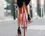 bike,girl-c3e6991b67da9b7181bbe69e2244a666_h
