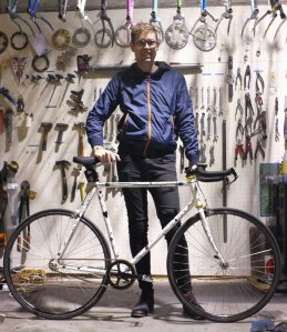 This chap designed this competition-winning paintjob and brought his prize-bike to us to realise the rest of his vision. Classy.