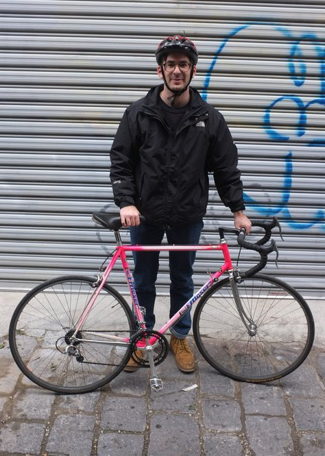 Here's a very classy Moser racer with Gipiemme bits. Gotta love the hot pink, summing up Giro d'Italia glory!