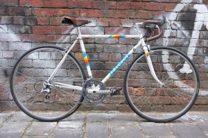Peugeot Aubisque restored faithfully and saddle upgraded to the ubiquitous Brooks