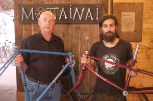 An oft mentioned name in vintage bike circles, Kenn Dickie came to visit the other day, here's a couple of frames he painted. Such fantastic work – truly one of the reasons why we love vintage bikes so much. Thanks for visiting, Kenn!
