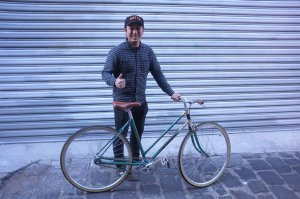 Here's a lovely 1950s hand-painted Repco built up fixed-gear. It's heaps of fun!