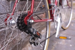Full Simplex shifting, Maillard freewheel on a Normandy hub, Stronglisht TS cranks.