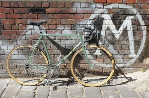 This fantastic Olmo is another recent arrival at Mottainai. Check out those wooden rims!