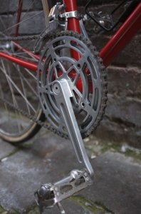 The french know how to combine form and function ..... Stronglight cranks